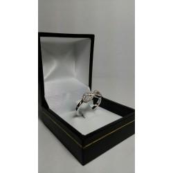 Anillo Modelo Infinito Oro Blanco y Diamantes
