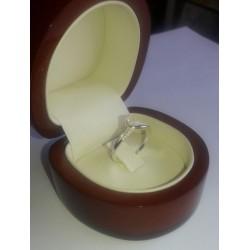 Anillo Atenas Oro Blanco con 16 diamantes