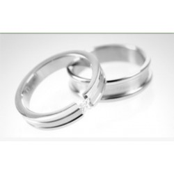 Argollas de matrimonio en oro blanco modelo Toda la Vida con diamante de 10 puntos