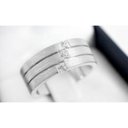 Anillo de compromiso modelo Plano Satinado en oro blanco de 18 k con Diamantes