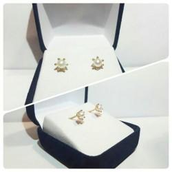 Aros pistilo de Oro 18 k perlas cultivadas 4 mm