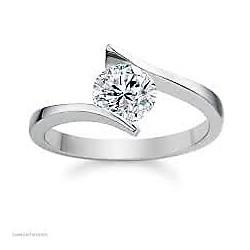 Anillo de Compromiso en  Platino con Diamante