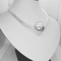 Collar  esfera Modelo Romantic Laminada en Plata 925