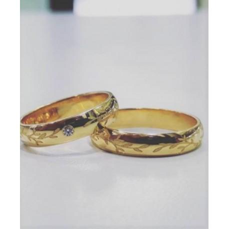 Argollas de Oro Diseño especial con Cristal Novia
